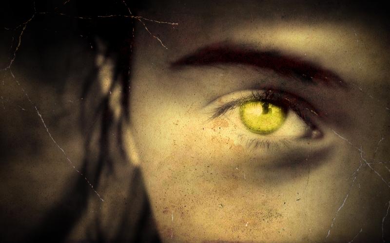 """Η μυστηριώδης """"γυναίκα με τα κίτρινα μάτια""""..."""