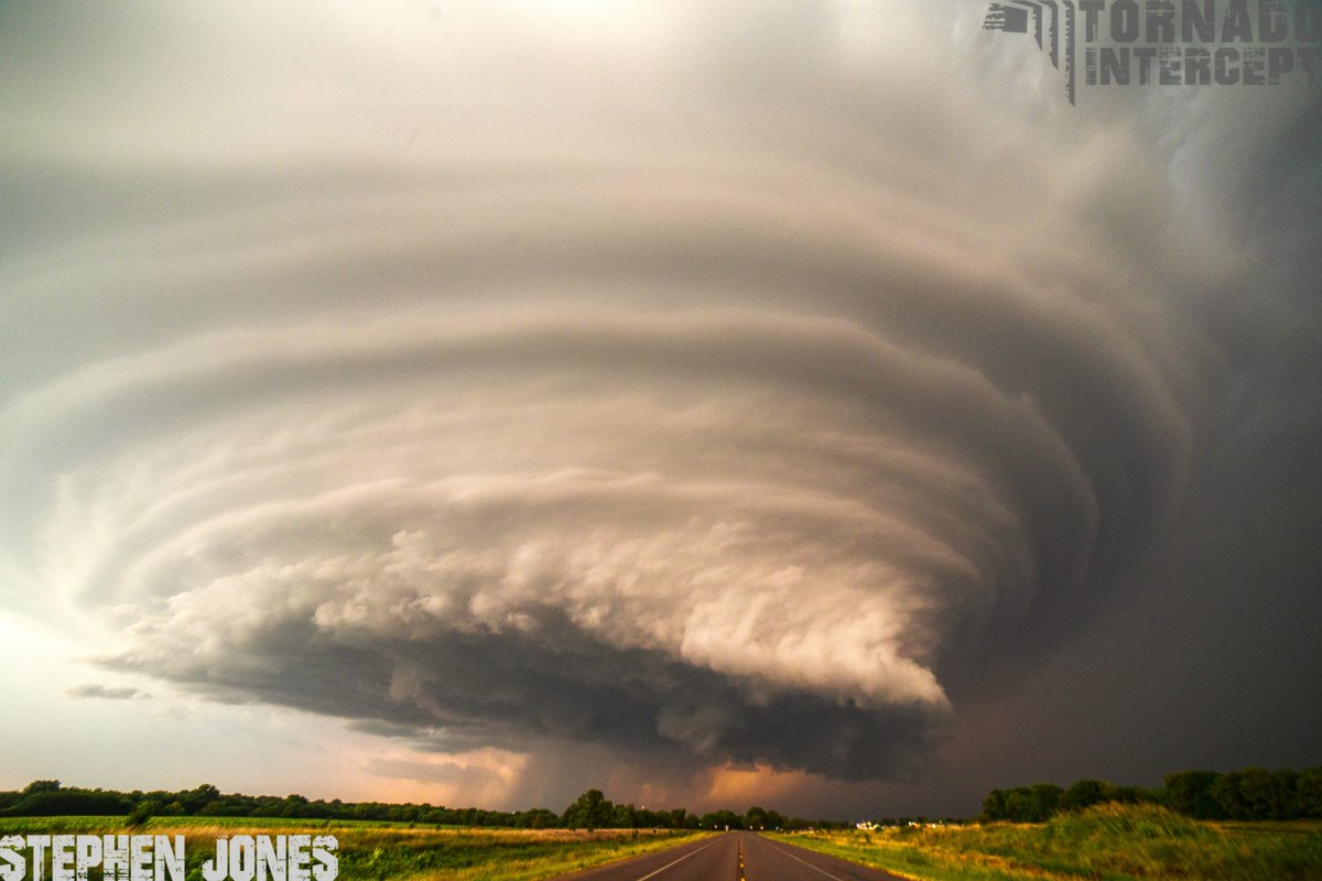 tornado supercell diagram garage sub panel wiring insane structure on mothership over douglass in