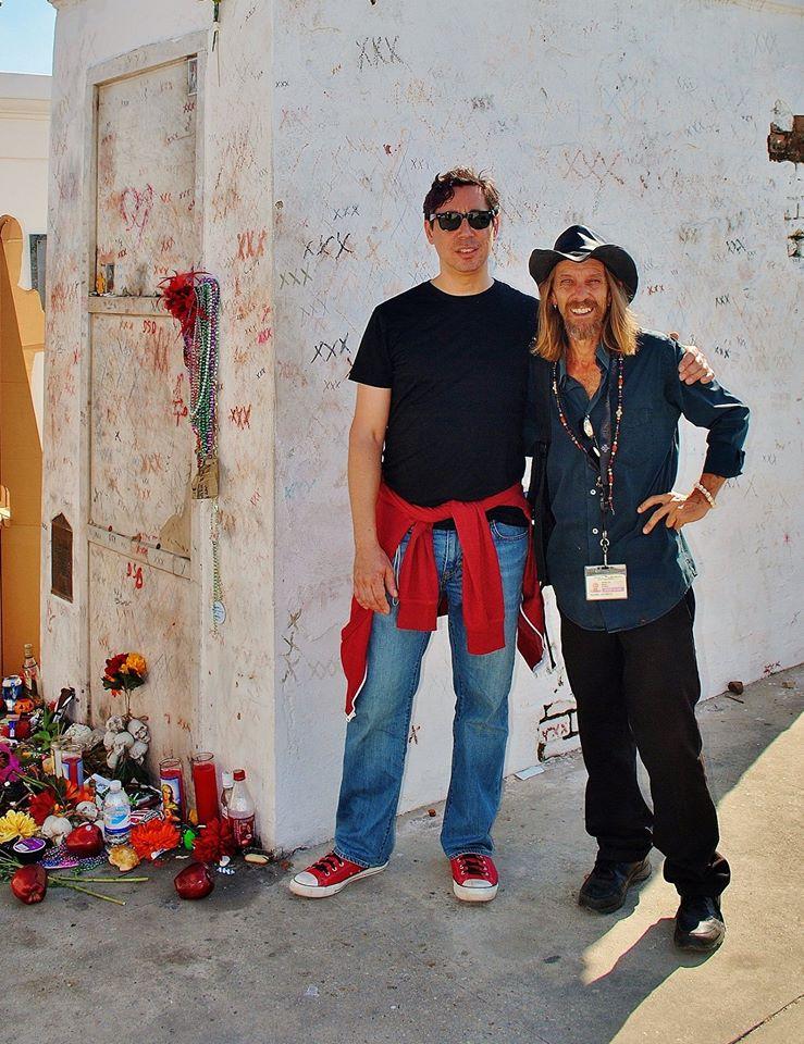Rev Master Jeffrey at Marie Leveau's tomb with Scott Putesky aka Daisy Berkowitz of Marilyn Manson