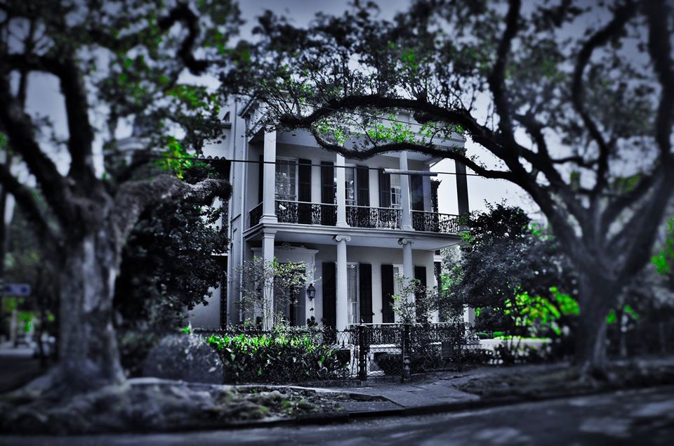 Greek Neoclassical mansion in the Garden District of New Orleans