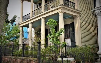 Your Guide To The Columns Of The Garden District