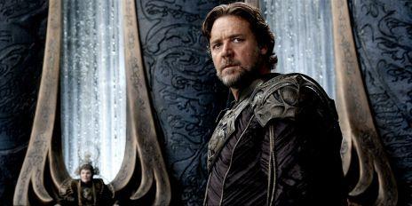 Russell-Crowe-as-Jor-El-in-Man-of-Steel1