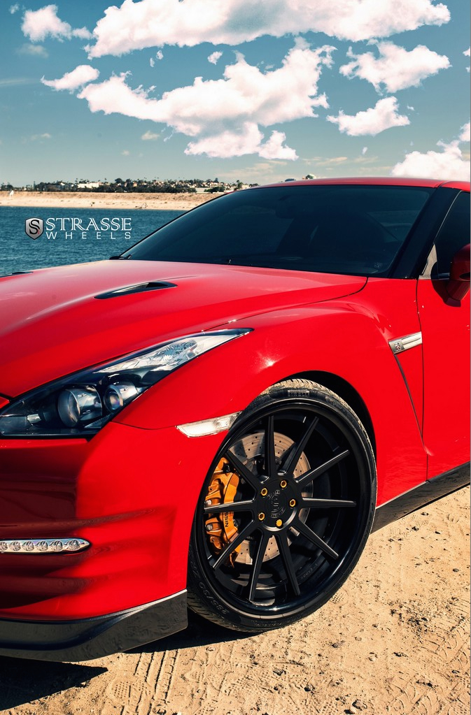 "Strasse Wheels - Vibrant Red 700hp Alpha 7 Nissan GT-R - 21"" R10 Deep Concaves 6"