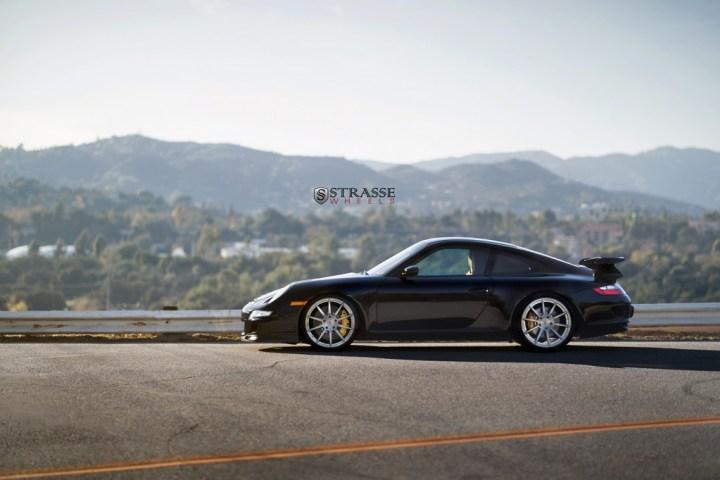 Strasse-Wheels-Porsche-997-GT3-20-R10-Deep-Concave-Monoblock-3