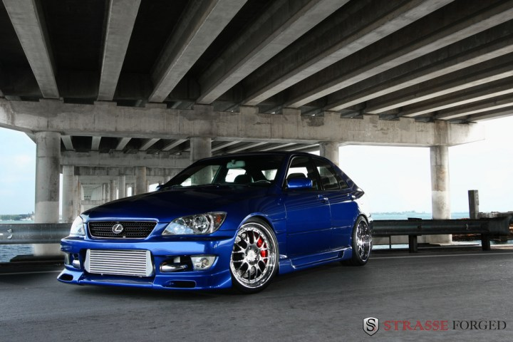 lexus_is300_7