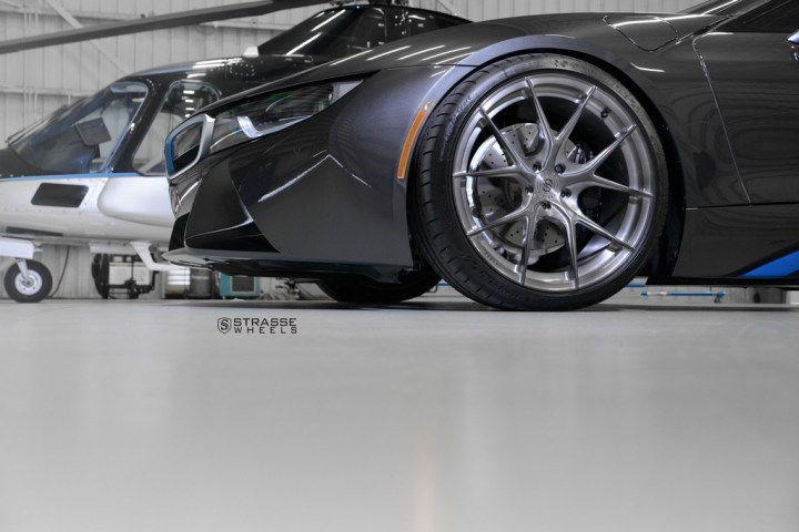 Strasse Wheels - BMW i8 - SM5R Concave Monoblock 6
