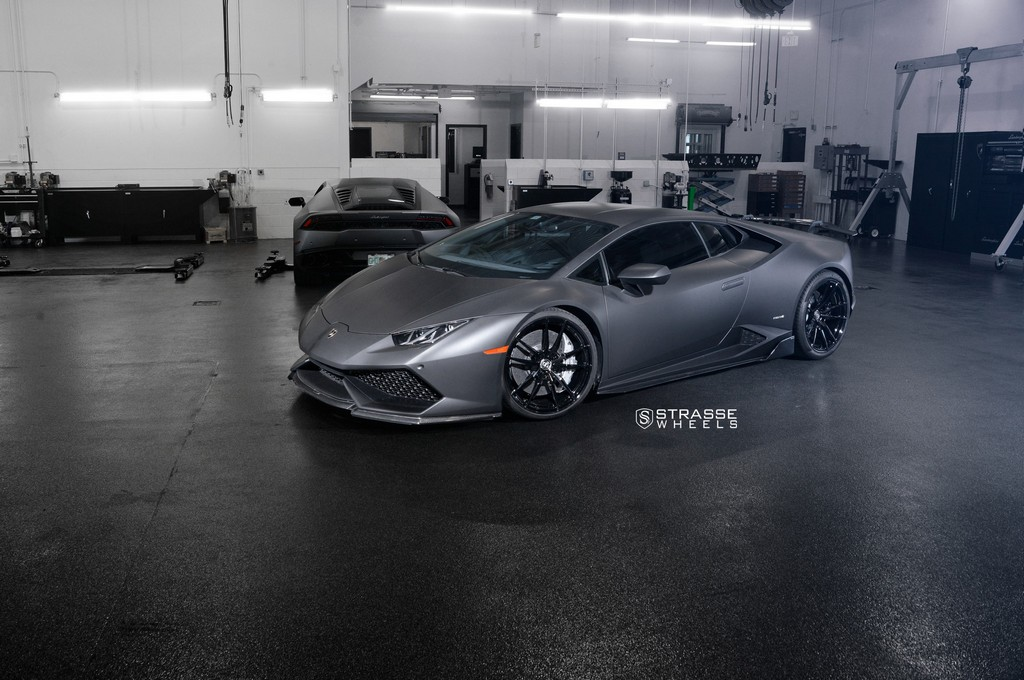 "Matte Black Lamborghini Huracan LP610-4 - 20"" SV1 Deep Concave Monoblock Wheels - Strasse Wheels 1"