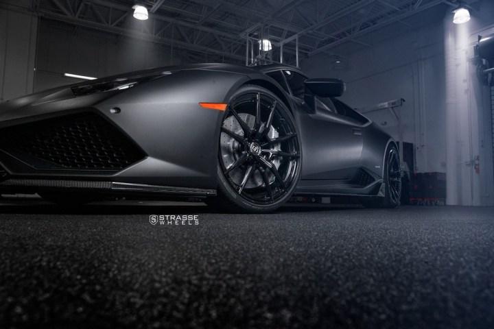 Strasse Wheels Matte Black Huracan SV1 5