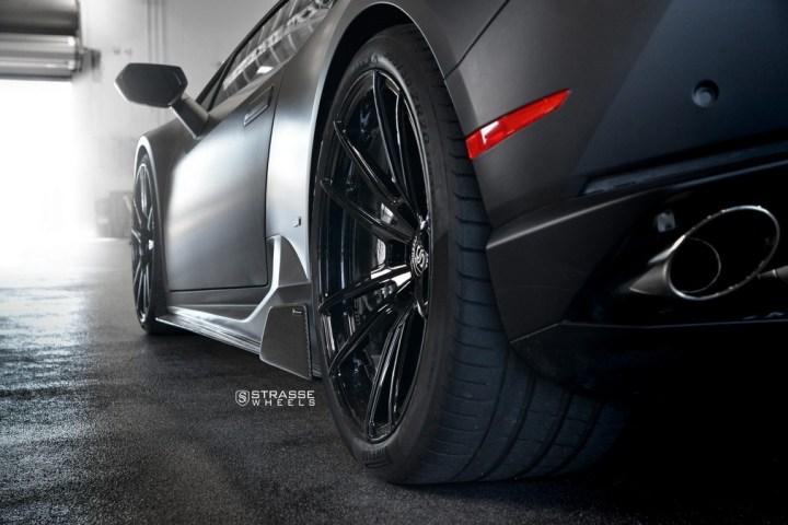 Strasse Wheels Matte Black Huracan SV1 9