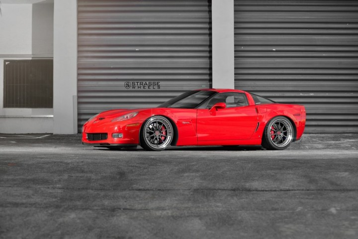 Strasse Wheels Red C6 Z06 R10 9
