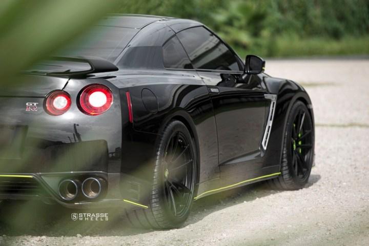 Nissan GT-R - SV1 Deep Concave Monoblock - Satin Black 14