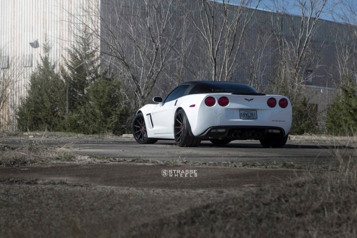 Chevrolet Corvette C6 Grand Sport - R10 Deep Concave 13