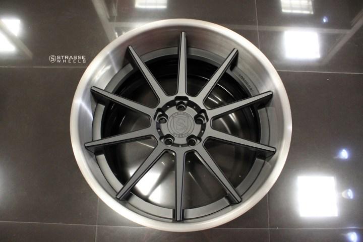 R10 Deep Concave - Satin Black & Gloss Brushed Titanium 11