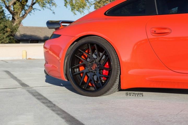 Porsche 991 Carrera 4S - CF SM7T Deep Concave 11