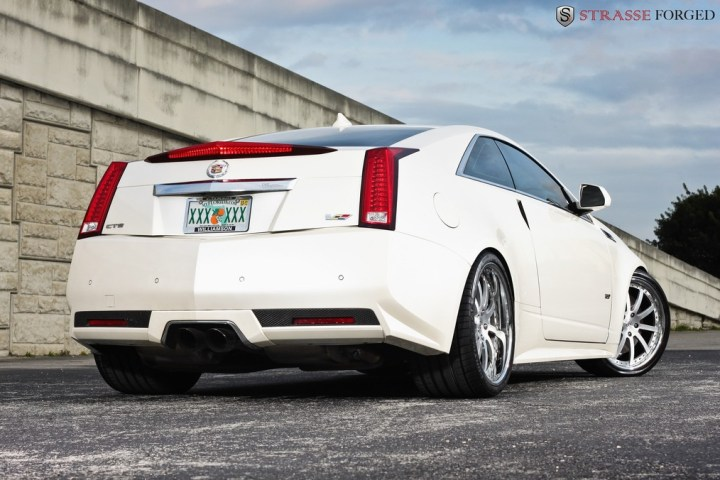 Strasse Forged CTS-V Coupe 10