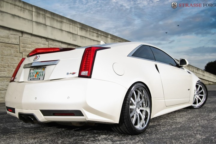 Strasse Forged CTS-V Coupe 9