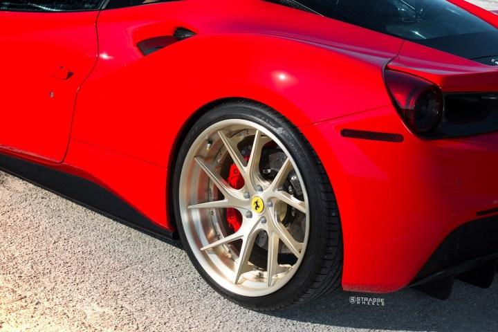 Ferrari-488-10