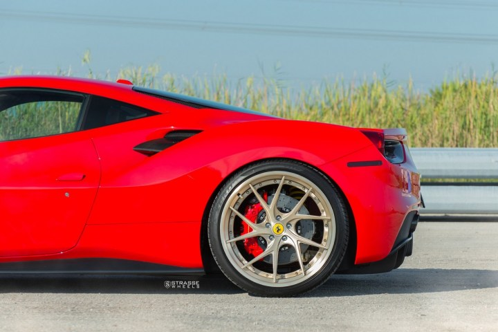 Ferrari-488-6 2