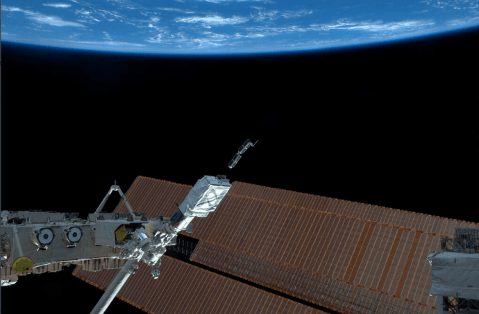 Dove_minisat_launch_from_ISS_m