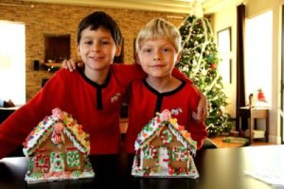 2 boys gingerbread houses for holidays