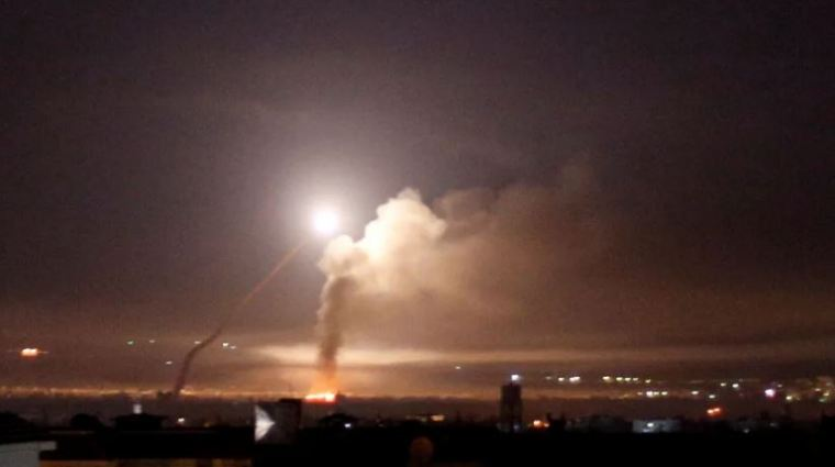 Urgent :  Damas affirme avoir abattu des missiles israéliens ciblant Tel Al-Hara/Syrian Air Defenses Shot down hostile missiles over Tel Hara 1