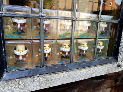 The birthplace gift shop ©Stratfordblog.com