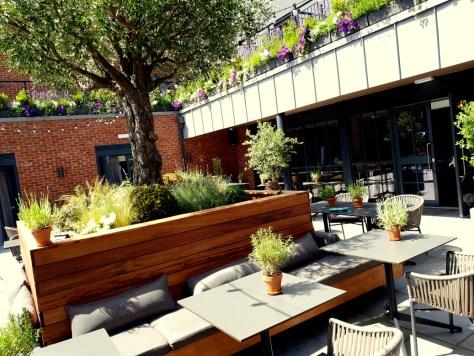 The dining terrace at Hotel du Vin Stratford-upon-Avon ©Stratfordblog.com