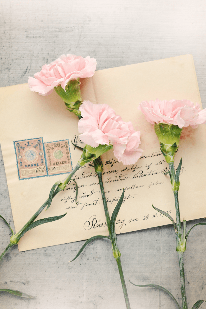 What Makes The Wedding Invitation Suite