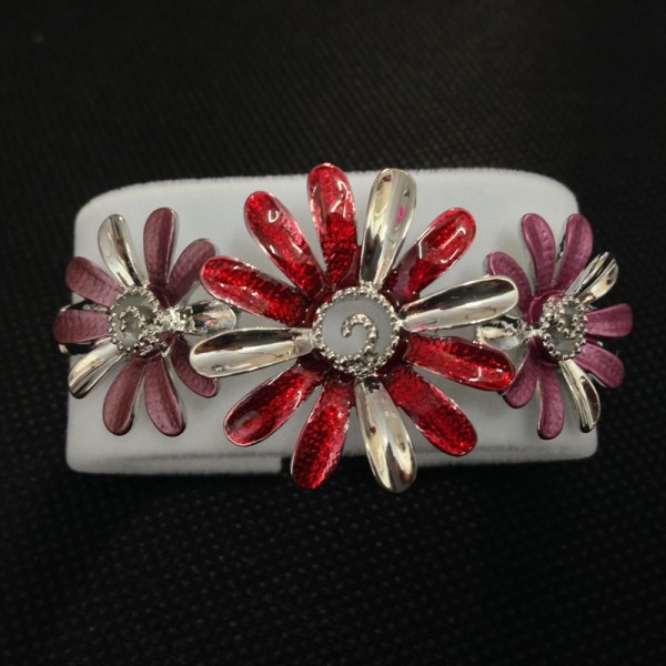 Equilibrium 69494 Moody Tones 3 Daisies Half Bracelet available from Strawberry Garden Centre, Uttoxeter