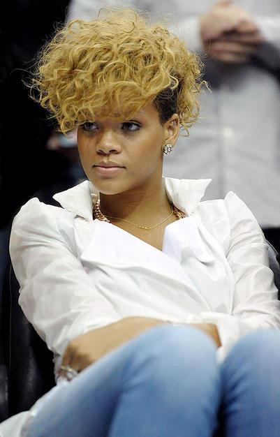 50 Great Rihanna Hairstyle Photos – StrayHair