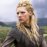 Katheryn Winnick, Lagertha's Hairstyle in Vikings