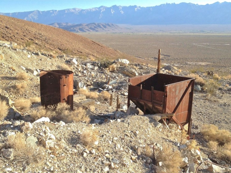 The dirt road leading up to the base of the Inyo Mountains is well maintained up until you reach the lower ruins of the Brown Betty Mine.