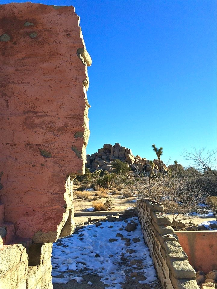 Not much is known about the property but it was apparently owned for some span of time by the Ohlson family. Death records list that a Signe Ohlson died in the town of Joshua Tree in 1986, at the age of 100 but whether or not she ever lived here is unknown.