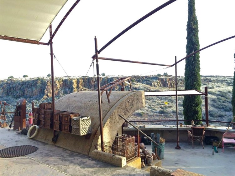 ...to form an incredible workspace which includes an amazing view of the nearby canyon.