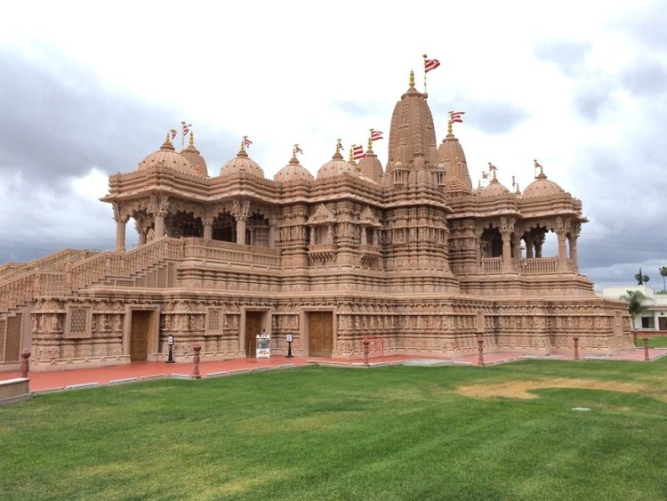 The BAPS Shri Swaminarayan Mandir, located in Chino Hills, CA, is the first earthquake proof Mandir in the world.