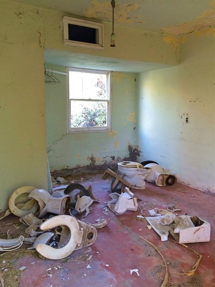 Definitely one of the shittier rooms at the former motel.