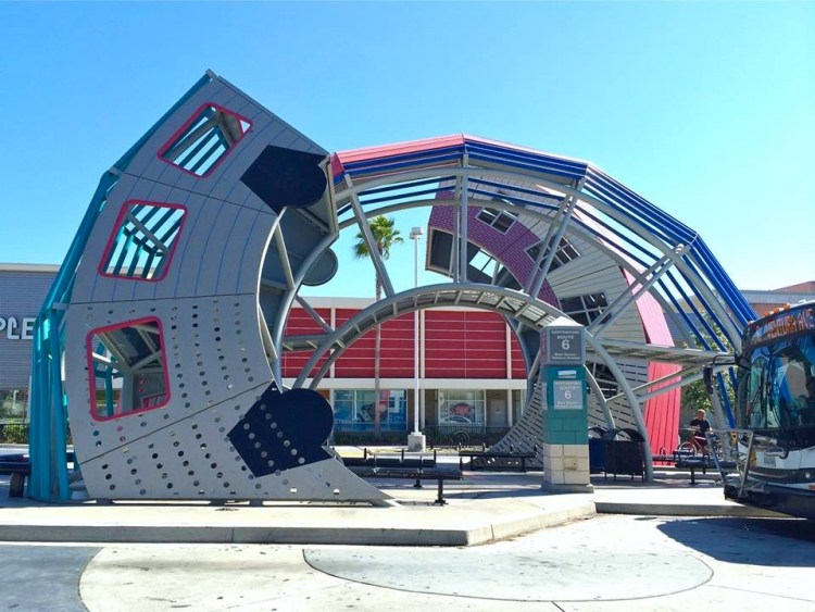 Artist Dennis Oppenheim created Ventura's award-winning (but also hated) bus transfer station in 2002. The twisting and arching perforated steel sculpture abstractly shows a bus turning into a house.