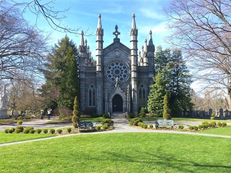 Originally built in 1846 in a Gothic Revival style, Bigelow Chapel is a central structure illustrating the Mount Auburn Cemetery's importance of linking a network of building landmarks to the landscape.