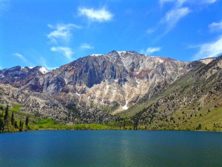 Rugged peaks and Laurel Mountain rising almost 5,000 feet above Convict Lake create a stunning alpine backdrop. - See more at: http://www.mammothtrails.org/destination/40/convict-lake/#sthash.Hg660vOD.dpuf