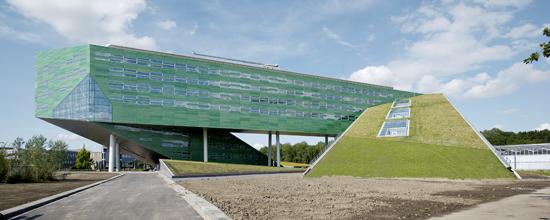 University-RUG-Groningen-Holland_550
