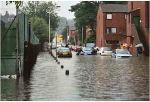 LymingtonFlood2002