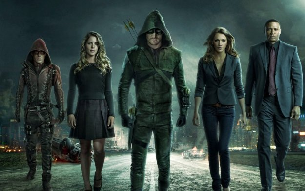 Stephen Amell and his team on 'Arrow: Season 3'