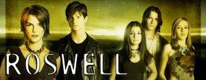 Shiri Appleby, Jason Behr, Katherine Heigl, and Brendan Fehr in the UPN series 'Roswell'