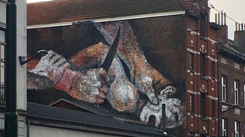 Street artist inconnu Porte de Flandres, Bruxelles