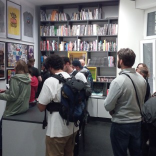 Premiers visiteurs, bibliothèque Martha Cooper ©Davide Gavioli