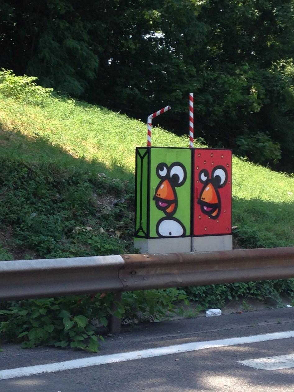Collectif Birdy Kids, autoroute A6/A7 de Lyon ©Streep