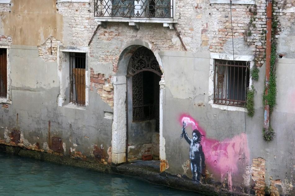 Banksy Venice, courtesy photo Lapo Simeoni
