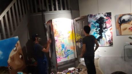 performance street art