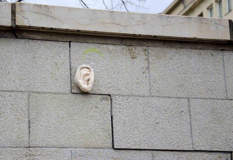 magritte-esplanadegdecote