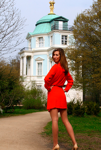 Yulia in front of the Belvedere in Park Charlottenburg (Berlin) by Tobias